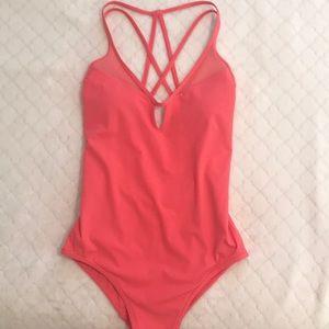 Lululemon Shoreline swim suit 4